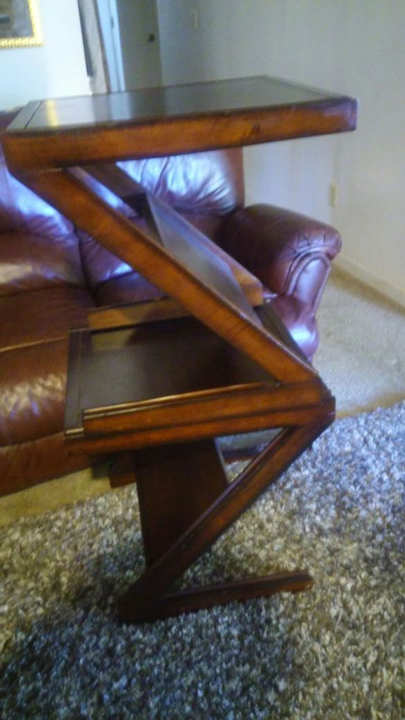 Light brown n shape tables furniture in auburn wa for Furniture auburn wa