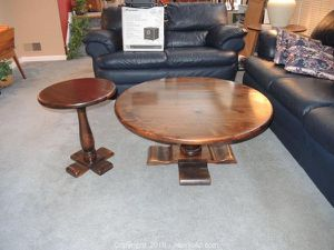 Ethan Allen matching coffee and end table