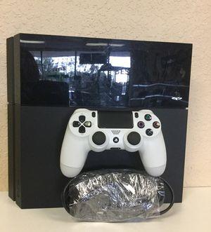 Sony Playstation 4 ( PS4 )