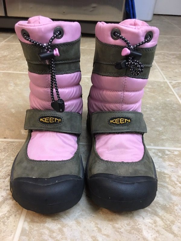 Keen pink girls snowboarding ski snow boots size 4 ( Clothing ...