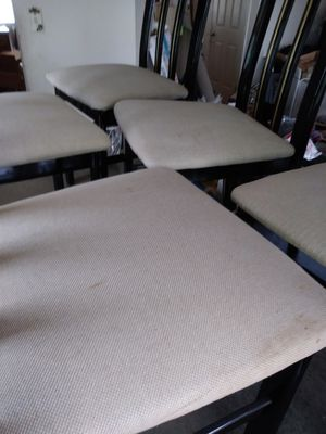 Five chairs with free dinning table