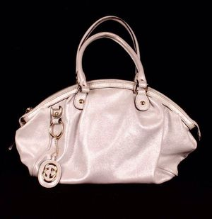 Authentic white leather gucci Handbag with serial number