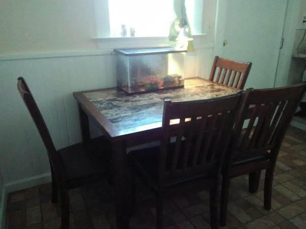 Marble Kitchen Table Furniture In Niagara Falls NY