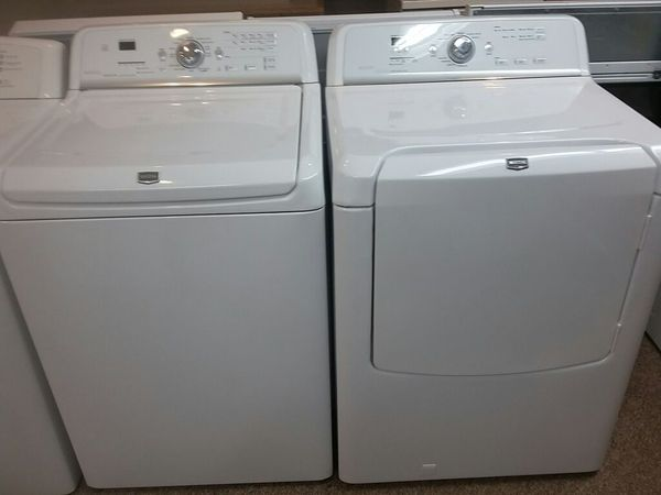 Maytag Bravos Quiet Series 300 Washer And Gas Dryer Like New