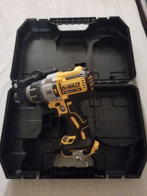 Hammer drill dewalt XR bruchless no baterías ni cargador precio firme