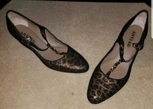Previously Loved Anyi Lu Leopard Wedge Pump  Gold chain  Size 41