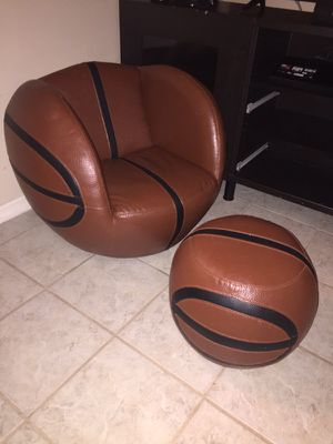 Sport game chair