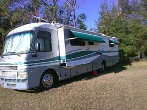 Rv. Mobile home and trailers. Detail. And wash.