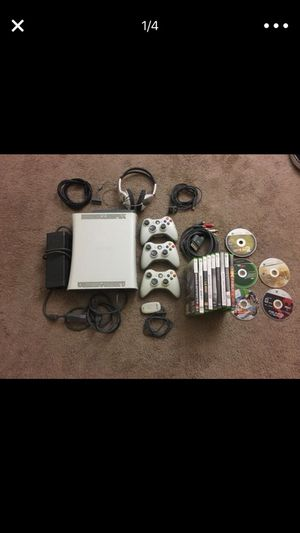XBOX 360, OVER 20+ GAMES INCLUDED