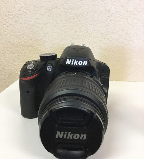 Nikon D3200 with 2 Lenses 24.2 Megapixels