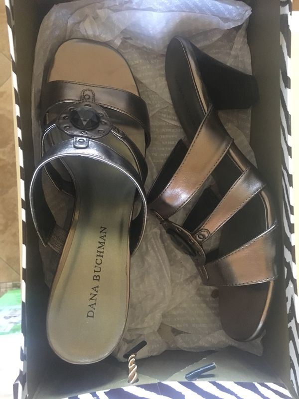 ed74c26d1 Dana Buchman Sandals- Size 8 (Clothing   Shoes) in Scottsdale