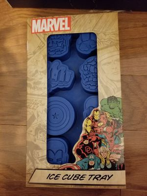 Loot crate Marvel Avengers ice cube tray