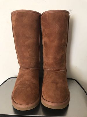 Ugg boots size 7 adult