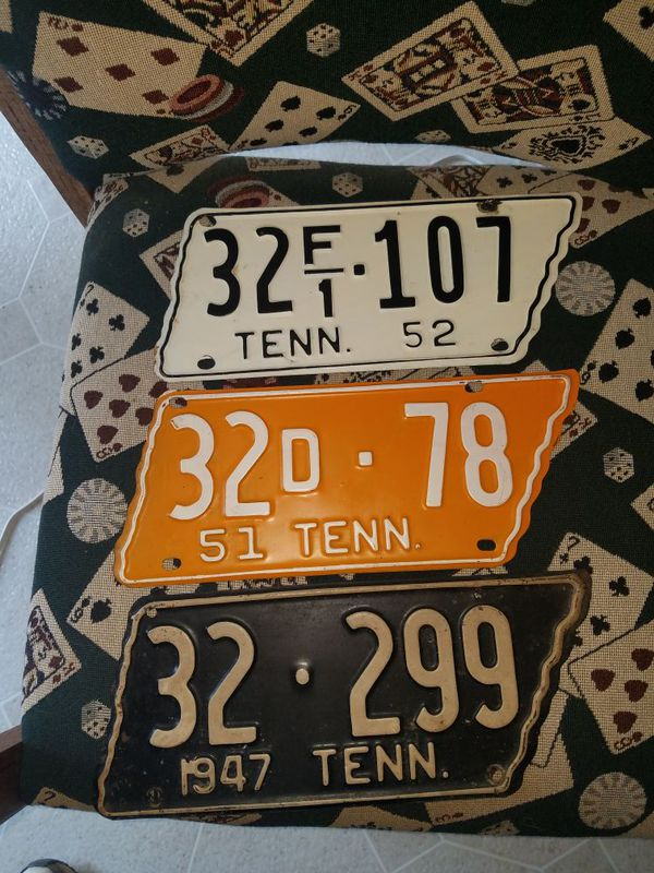 Three original Tennessee shaped license plates not repainted (Tools ...
