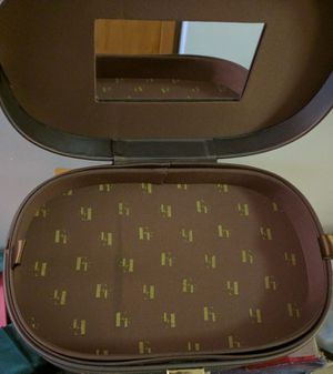 Fashion Fair cosmetic/ makeup bag