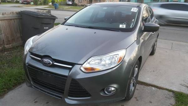 2012 ford focus clean blue title 1 owner cold ac great tires (cars