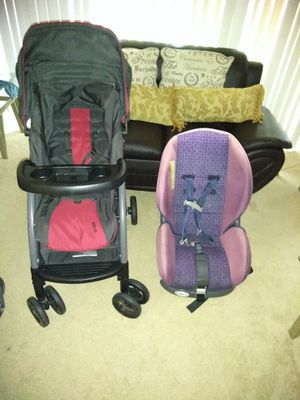 2 for 1 Carseat stroller Graco