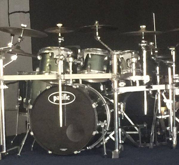 Pacific Drums Pdp 6 Piece Drum Set Kit
