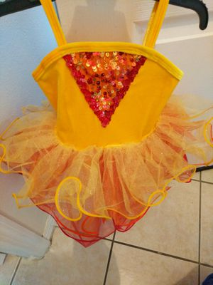 New Custom made 2-4 yrs old good for Pageants,recitals, picture taking.Retails $125.$50.