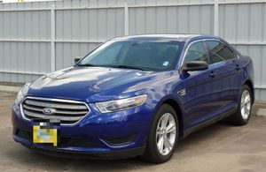 FORD TAURUS con enganche desde $2000