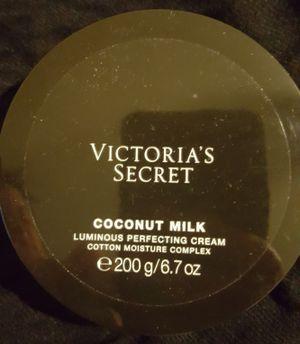 Luminous body cream buy Victoria's Secret brand new