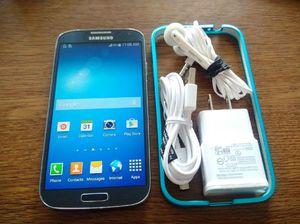 Black Galaxy S4 w/ Accessories (UNLOCKED)