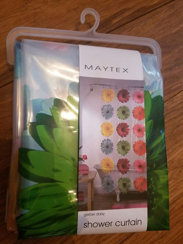 Gerber Daisy Shower Curtain (Household) in Whittier, CA - OfferUp