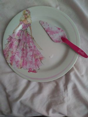Barbie cake plate & serve 12 inches plastic