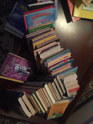60 children's used books ranging from 4-10 years old in excellent condition