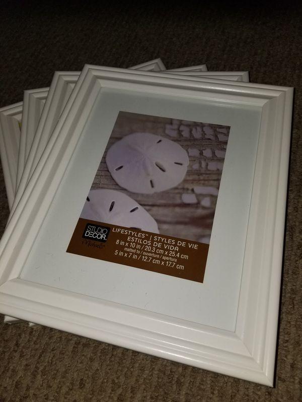 4 8x10 frames (Household) in Port St. Lucie, FL