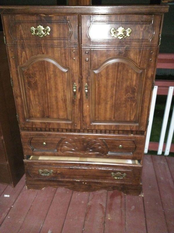 Dresser furniture in houston tx for Affordable furniture 610 houston
