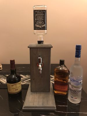 Handmade wooden alcohol dispenser (new)