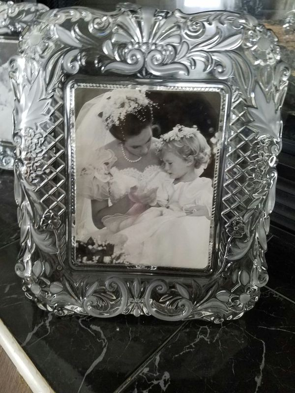real crystal mikasa galerie rahmen satin timeless love picture frame 1525 - Mikasa Picture Frames