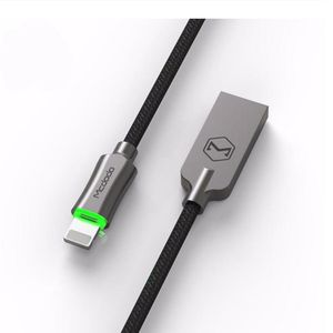 """Smart"" iPhone lighting cable"
