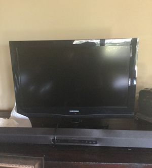 Tv and Sony sound bar