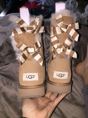 SIZE6 WORN 1 time for 30 min150 I WILL DELIVER TO YOU FOR FREE