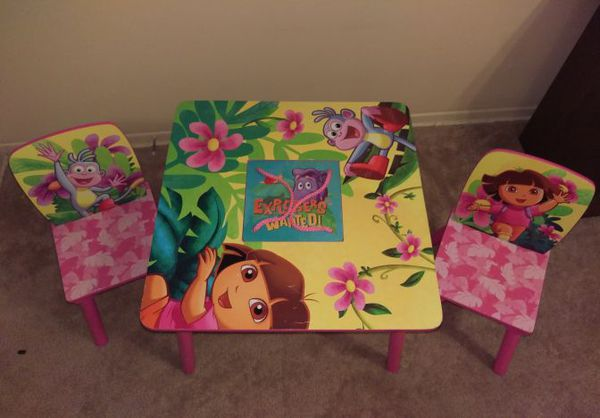 Dora the Explorer wood Table and Chair Set with storage (Furniture ...