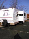 Prowler 2004 31 foot self-contained sleeps for slide-out excellent condition new roof no leaks 4200