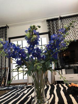 Flower arrangement, Delfinium