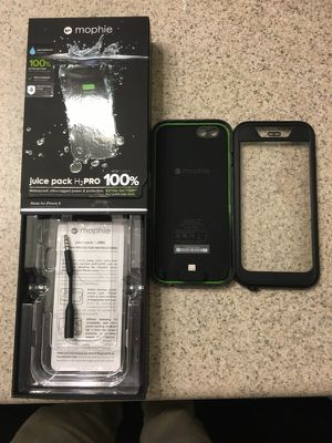Mophie water proof and recharge case