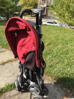 Lightweight one hand stroller
