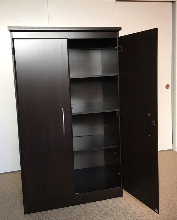 South Shore Morgan 2-Door armoire/wardrobe/Storage Cabinet with ...