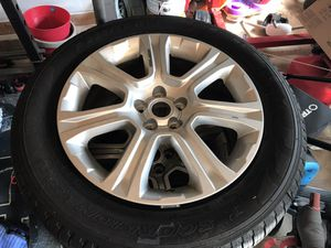 perreli scorpion verde on Land Rover evoque rims. Tires only have 4K miles on them. No valve stems installed.