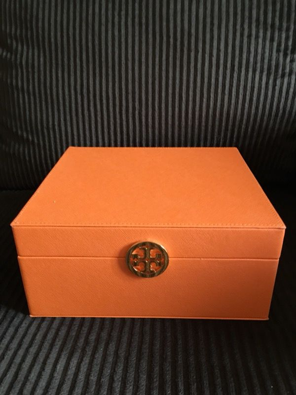 Tory Burch Jewelry Box Cosmetic Box Case NEW General in Santa