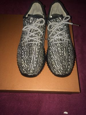 Pair of black-white yezzy boost 350 size 9