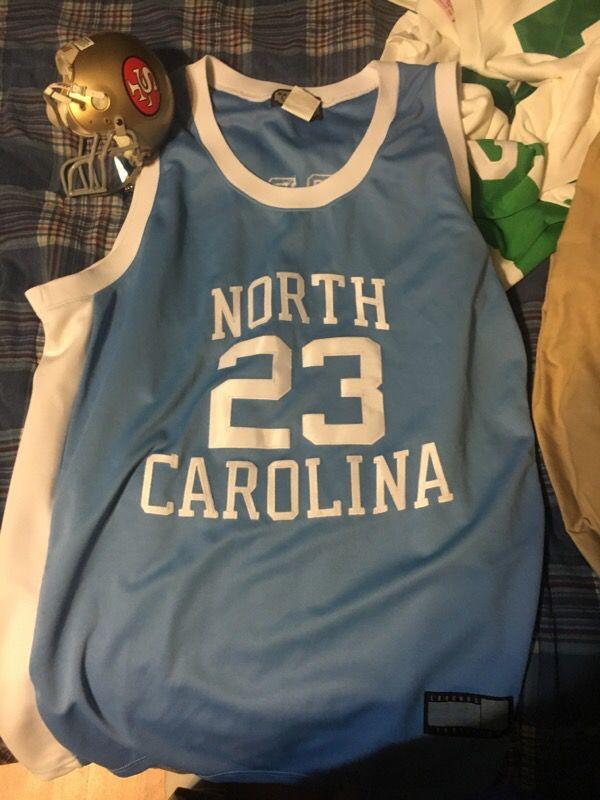 Michael Jordan UNC jersey Hardwood Legends ( Sports & Outdoors