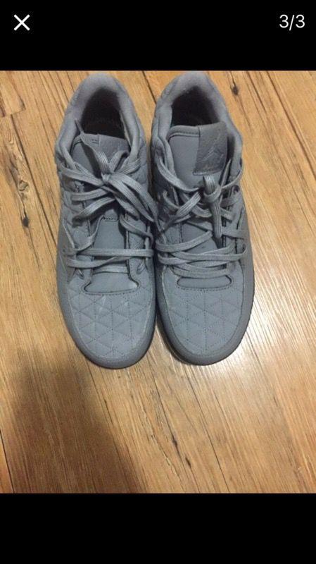 Jordan clutch size 8 men & women ( Clothing & Shoes ) in Brooklyn ...