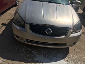 I have Nissan Altima 2.5S 4dr rum and drive good has a 183k