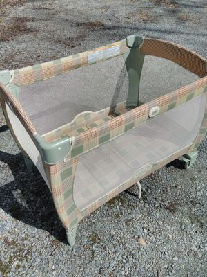 Graco Baby Infant Pack and Play