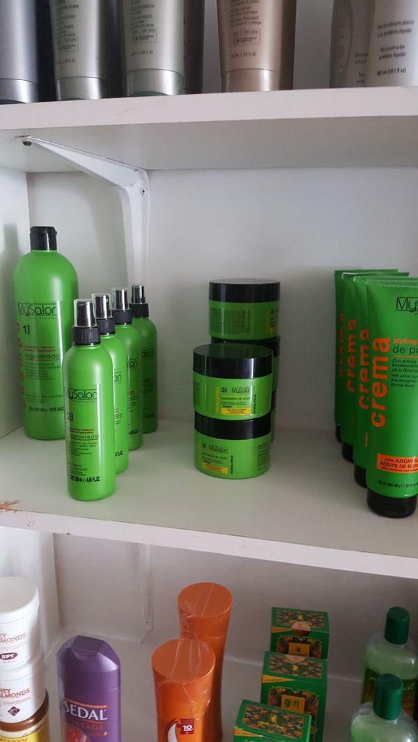 Pinturas de unas, shampoo, tratamientos y mas (Household) in Hialeah, FL